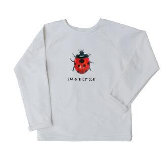 roomwitte kindersweater met lieveheersbeestje. gemaakt van biologisch katoen.