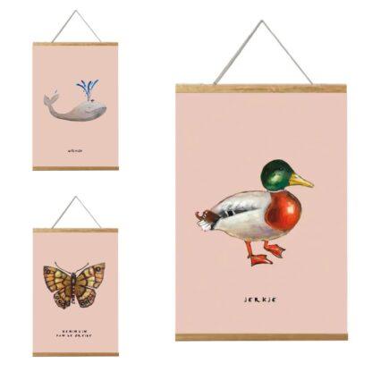 3 posters van Pjut van 20x30cm. Eend, vlinder en walvis